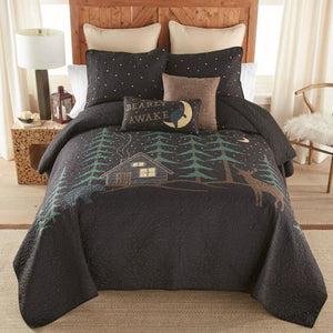 Donna Sharp Evening Lodge Quilted Collection Bed Front View with Throw Pillows