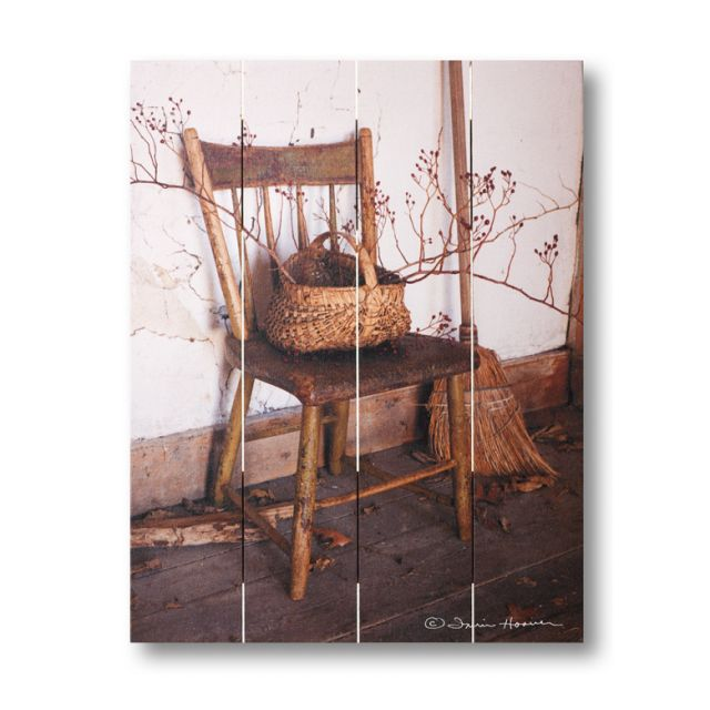 Farmhouse Pallet Wall Art ~ Grandma's Chair by Irvin Hoover