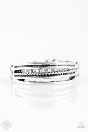 Paparazzi Western Frontier Silver Ring
