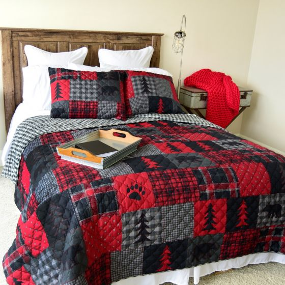Donna Sharp Red Forest Cabin Rustic Lodge Quilted Collection