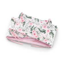 Load image into Gallery viewer, High quality handmade cot bumpers with pink blossom pattern made by Lajlo