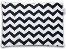 Load image into Gallery viewer, ZIG ZAG FLAT PILLOW FOR NEWBORN WITH MINKY
