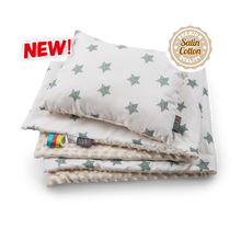 Load image into Gallery viewer, High quality handmade baby blanket set with green stars pattern made by Lajlo