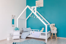 Load image into Gallery viewer, WOODEN HOUSE CLEO COLOR BED WITH RAILINGS