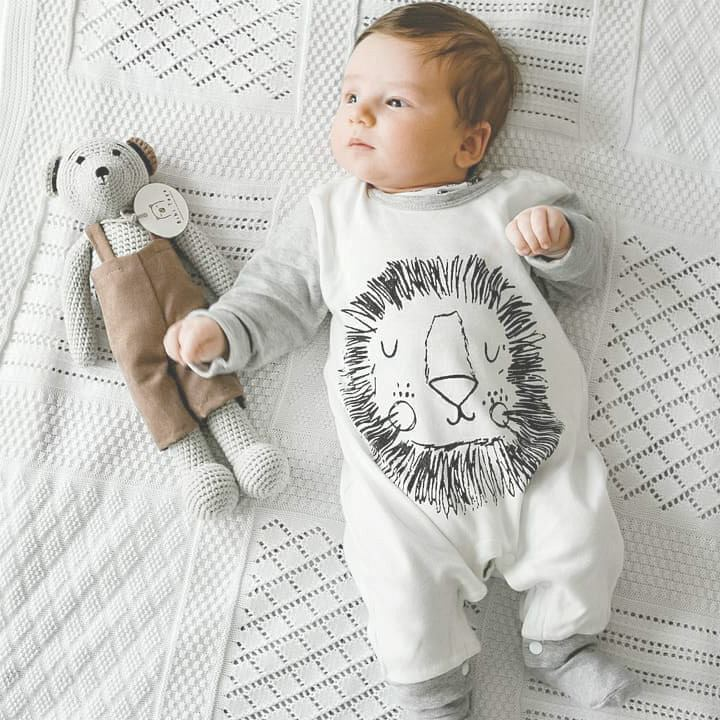 Cute Baby Cartoon Lion Hat & Jumpsuit