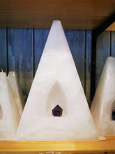Load image into Gallery viewer, Crystal Pyramid Candle White & Purple with Rose Quartz, Clear Quartz, Amethyst, Fluorite. - Ocean Gypsy NZ