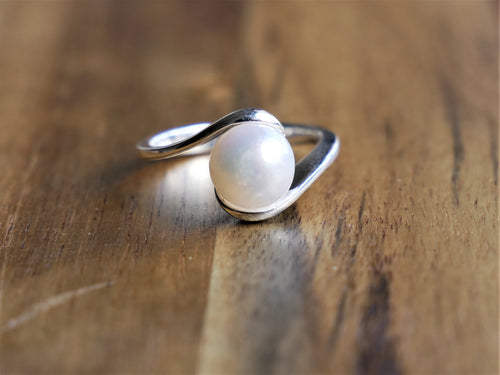 Ocean Gypsy Fresh Water Pearl Ring Set in 925 Sterling Silver - Ocean Gypsy NZ