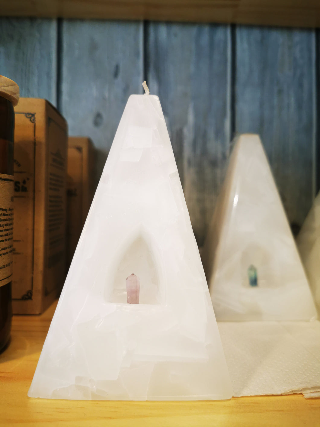 Crystal Pyramid Candle White & Purple with Rose Quartz, Clear Quartz, Amethyst, Fluorite. - Ocean Gypsy NZ