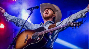 Cody Johnson Gives Amazing National Anthem Performance Before World Series Game 7