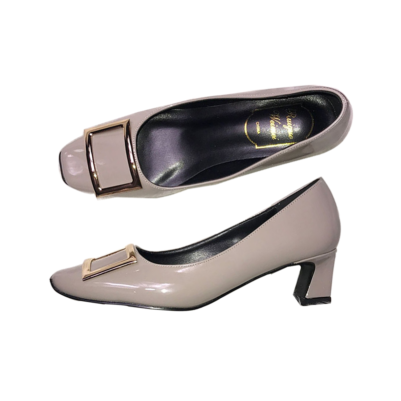 Square-headed lacquered thick-heeled shoes