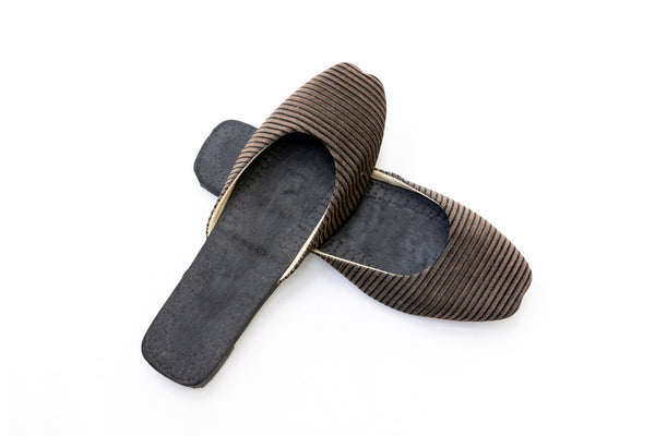 Black Stripped Khussa Women's Shoes - South Asian Fashion & Unique Home Decor