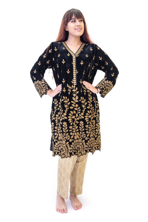 Black & Gold Velvet Salwar Kameez - IZNIK Suit - South Asian Fashion