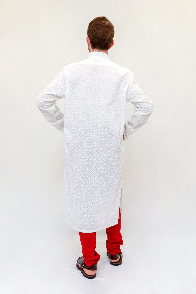 A patterned white cotton men shirt machine embroidery