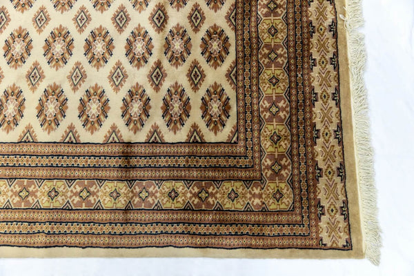 Pakistani Handmade Silk Rug - Trendz & Traditionz Boutique