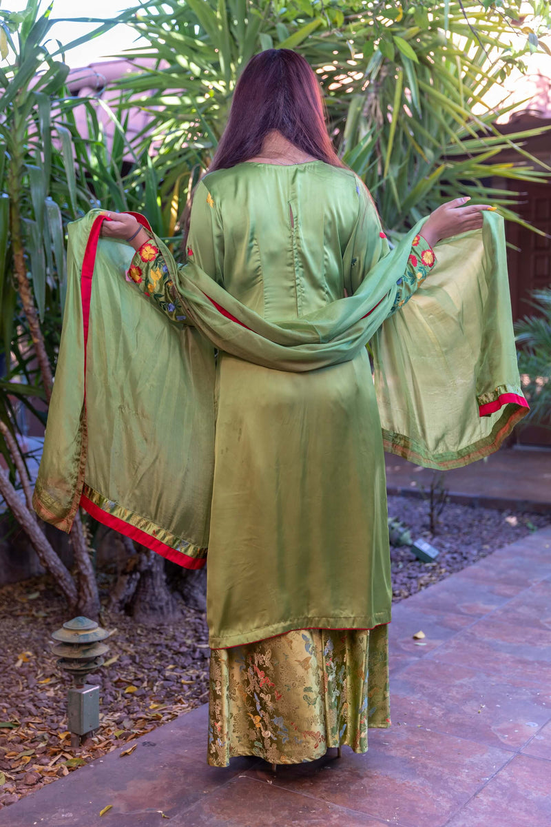Green Silk Floral Salwar-Kameez Suit - Trendz & Traditionz Boutique