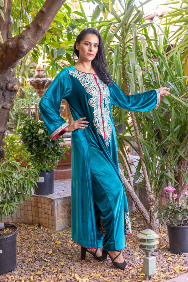 Teel Blue Velvet by khaadi with Golden Embroidery - Trendz & Traditionz Boutique
