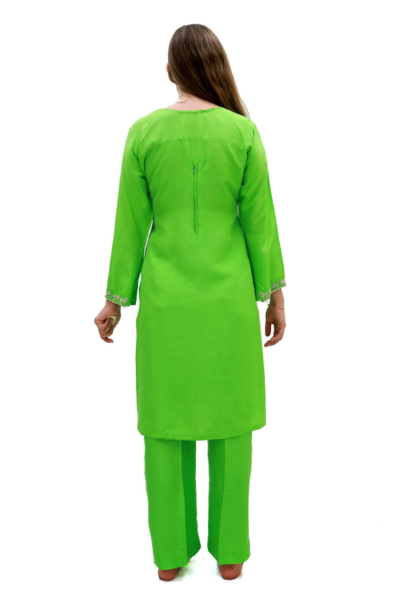 Green Silk Embroidered Salwar Kameez-Suit - Trendz & Traditionz Boutique