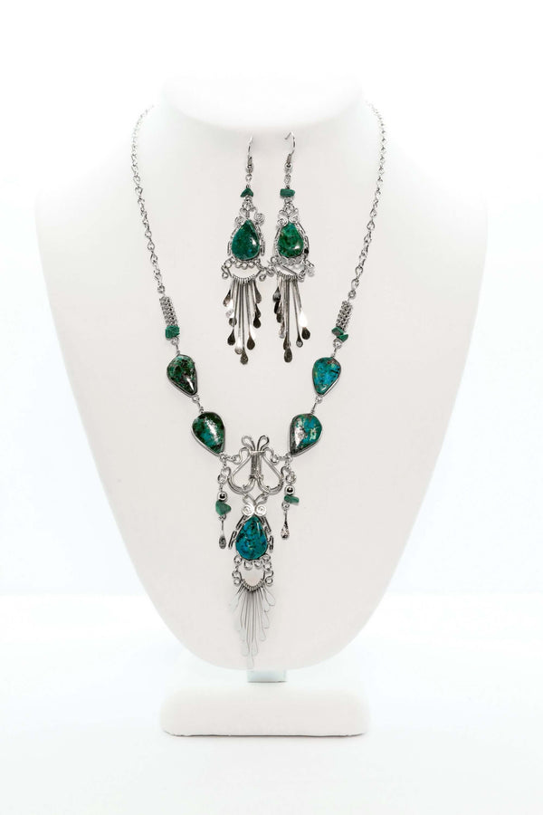 Silver Set With Jade Colored Gems - Trendz & Traditionz Boutique