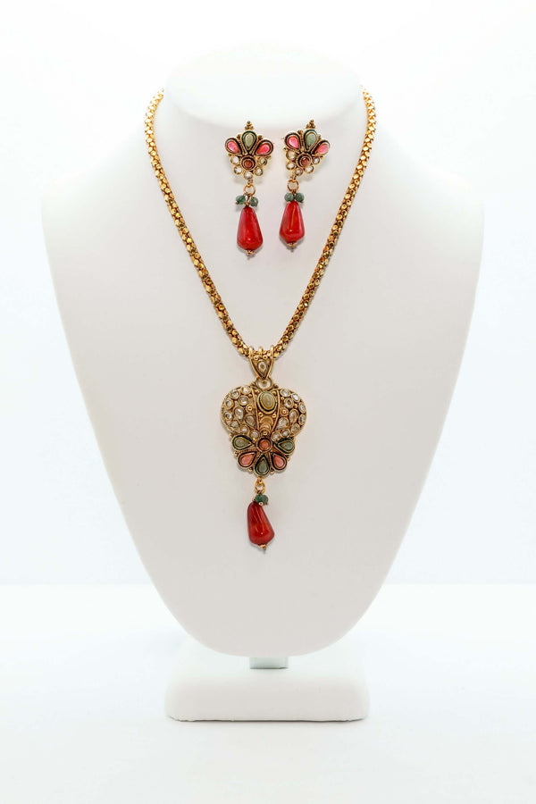Gold Jewelry Set With Jewel Accents - Women's South Asian Jewelry