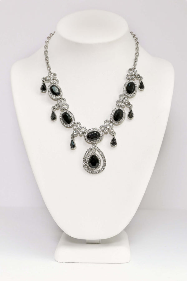 Black Melantine Statement Necklace Set in Silver