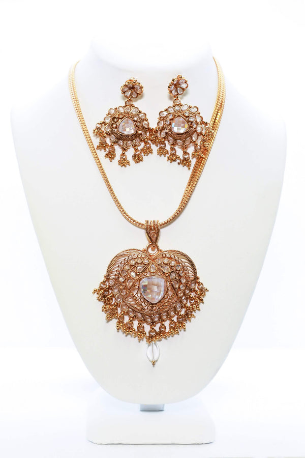 Kundhan Earrings-Neclace Set- Trendz & Traditionz Boutique