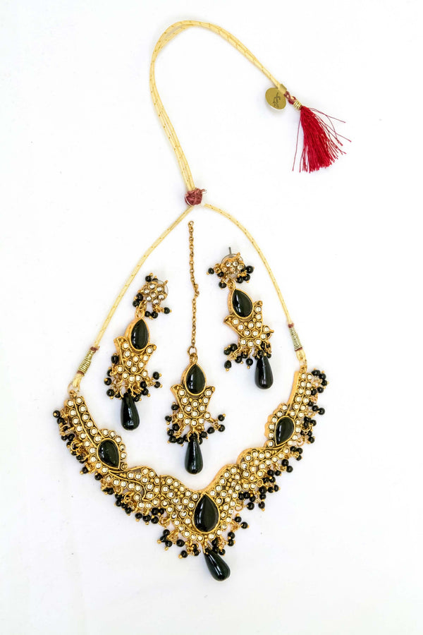 Indian Kundan Necklace Set with Black Beads - Trendz & Traditionz Boutique