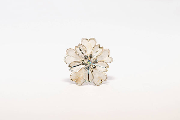 Detailed Flower Hair Pin - Trendz & Traditionz Boutique