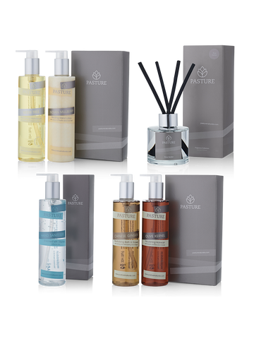 Large Bathroom Gift Pack, 5 x 300ml Bottles & Diffuser (£20 saving)