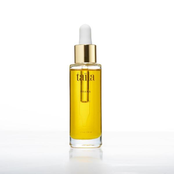 This multi-correctional serum delivers immediate nourishment to help visibly minimize fine lines, hydrate, firm skin, and dimish dark spots. Powerful botanical extracts accelerate the skin's renewal process to deliver a healthy complexion that embodies luminosity. A must have daily sensorial delight to reveal happy skin.