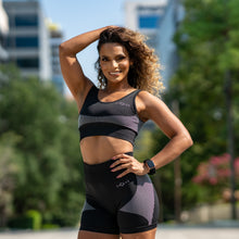 Elevate Seamless Sports Bra (Black and White)