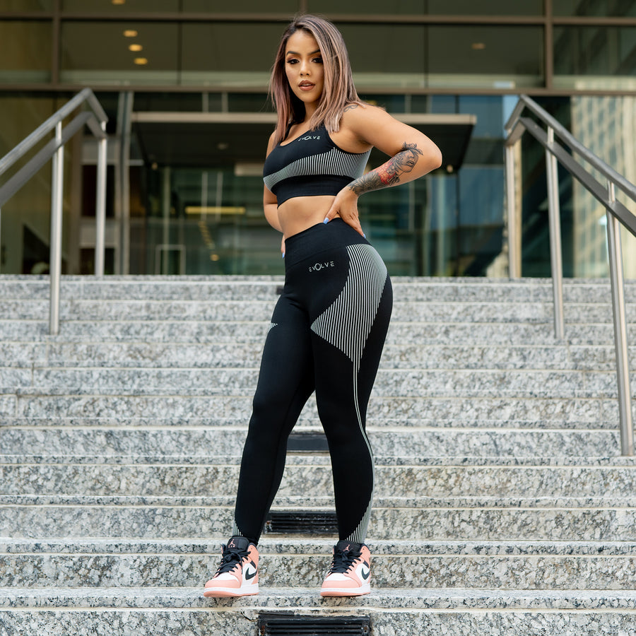 Elevate Seamless Leggings (Black and White) - EVOLVE FASHION
