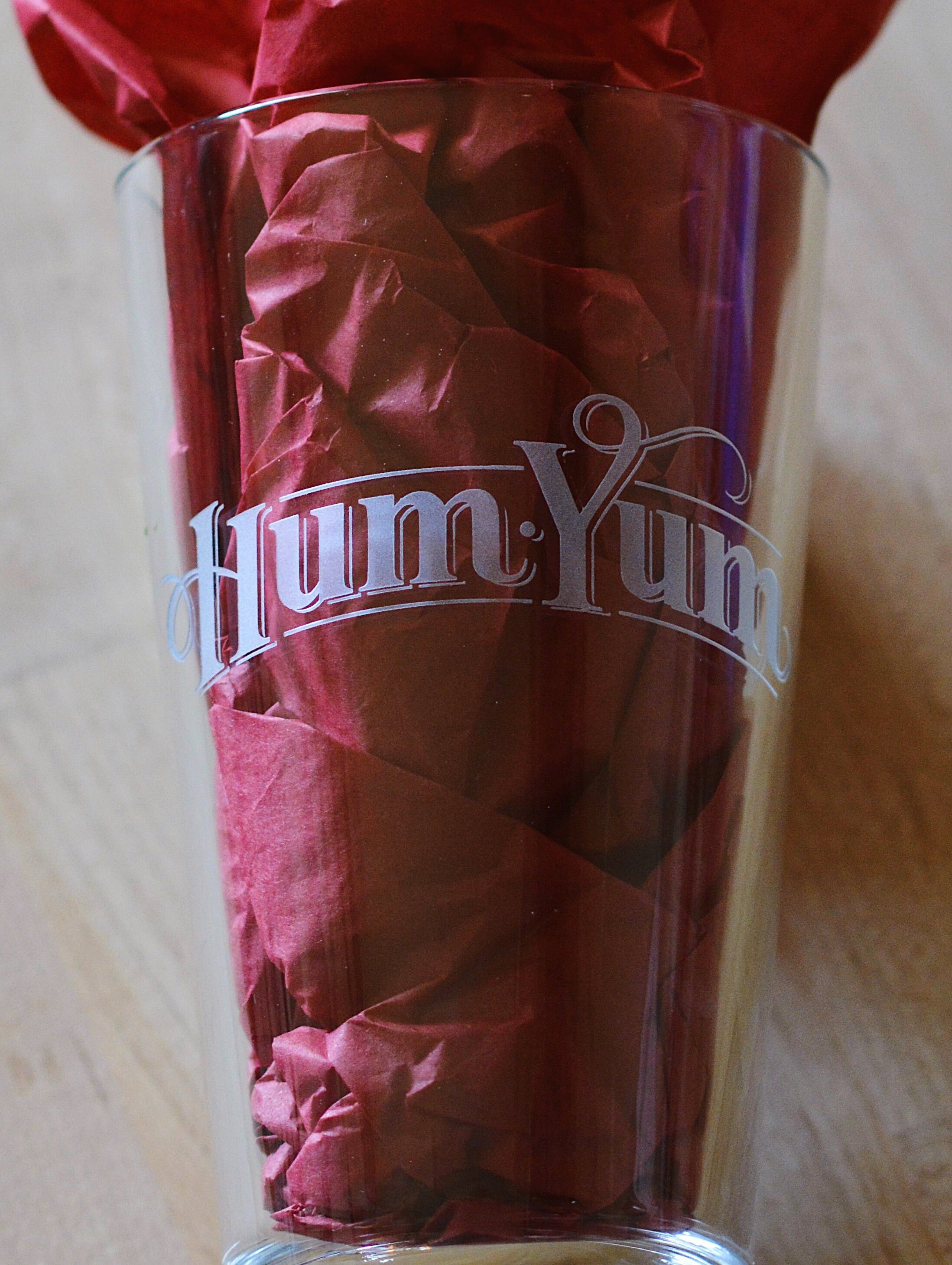 HumYum Pint Glass