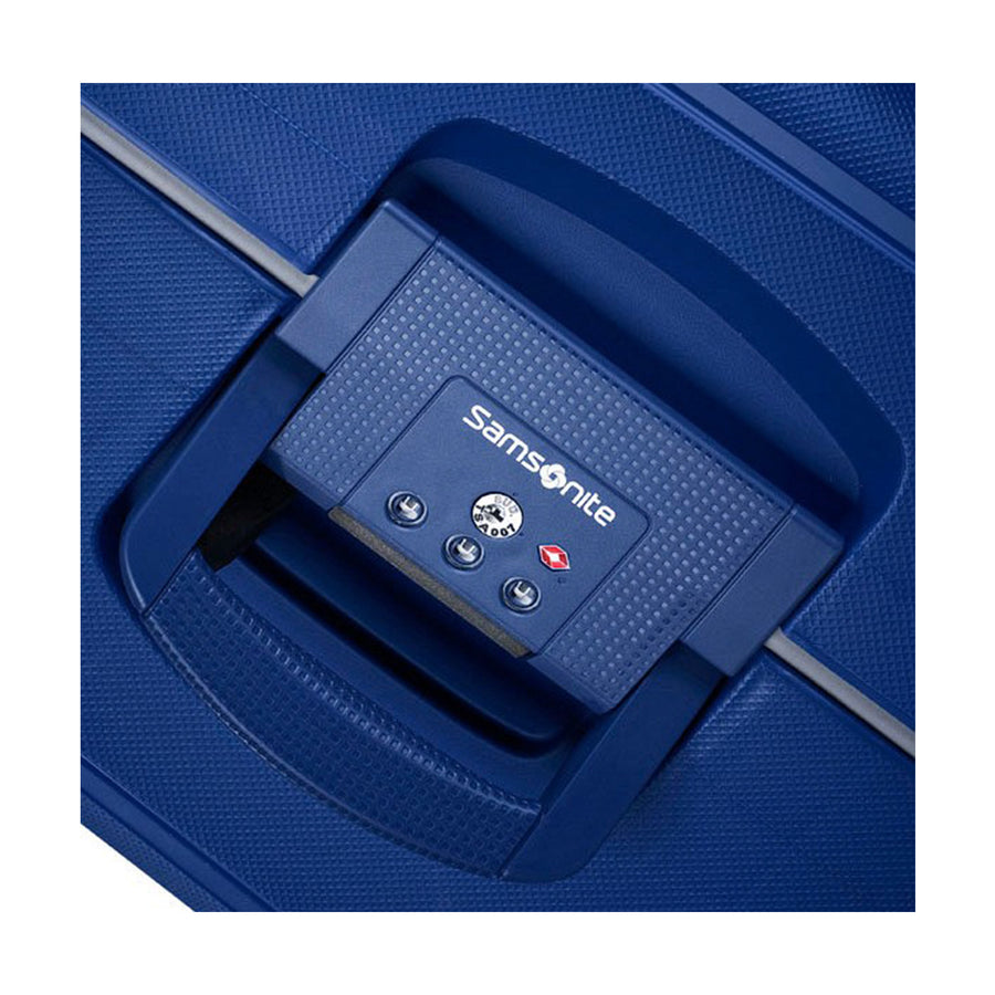 Samsonite S'Cure Cabin 55cm Spinner - Dark Blue Lock Detail