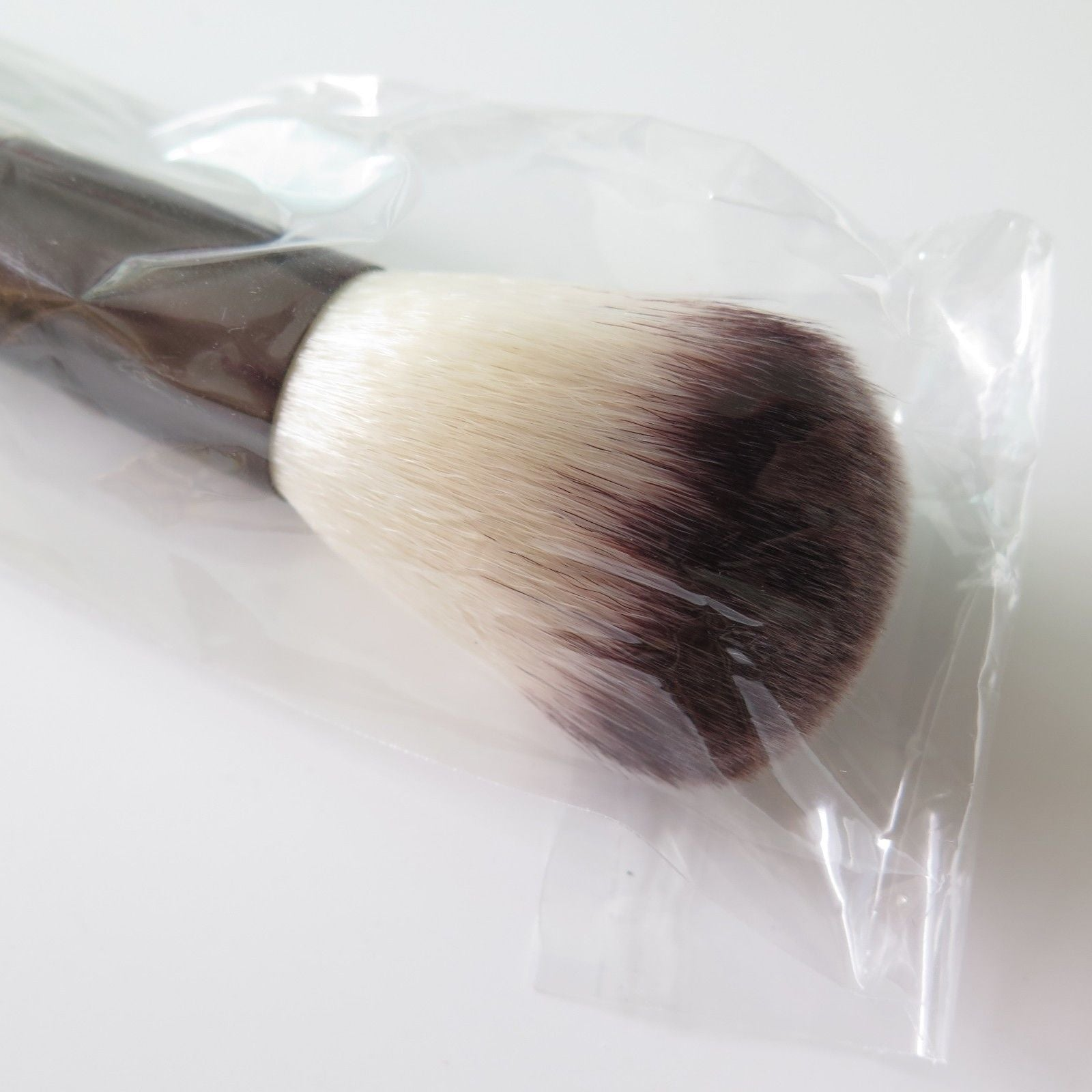 HOURGLASS Powder Brush #1