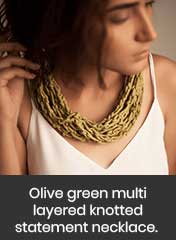rope-like multi-layered thread knotted green necklace