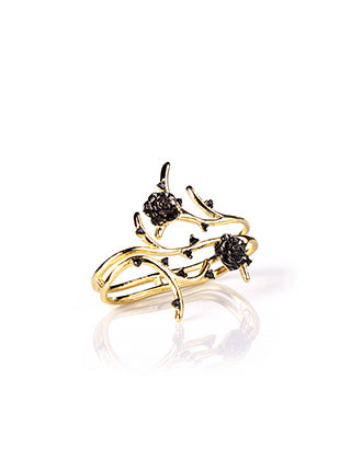Artistic 18k Gold plated double finger statement ring depicting two roses and its petals