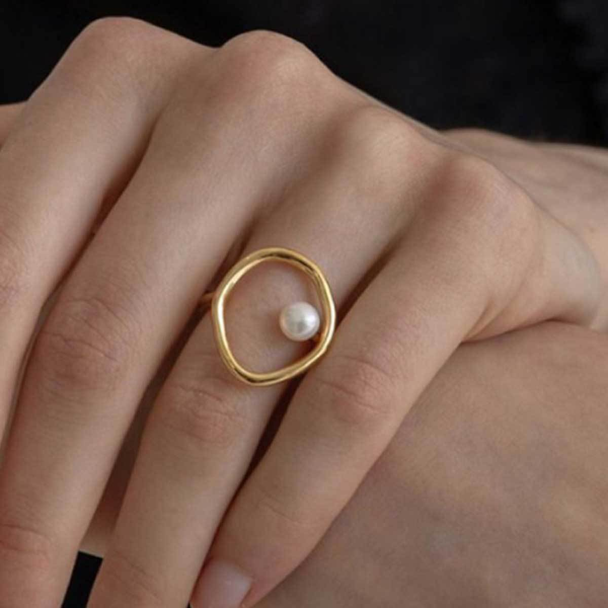Minimal Handmade 18k Gold Plated Hollow Pearl Ring