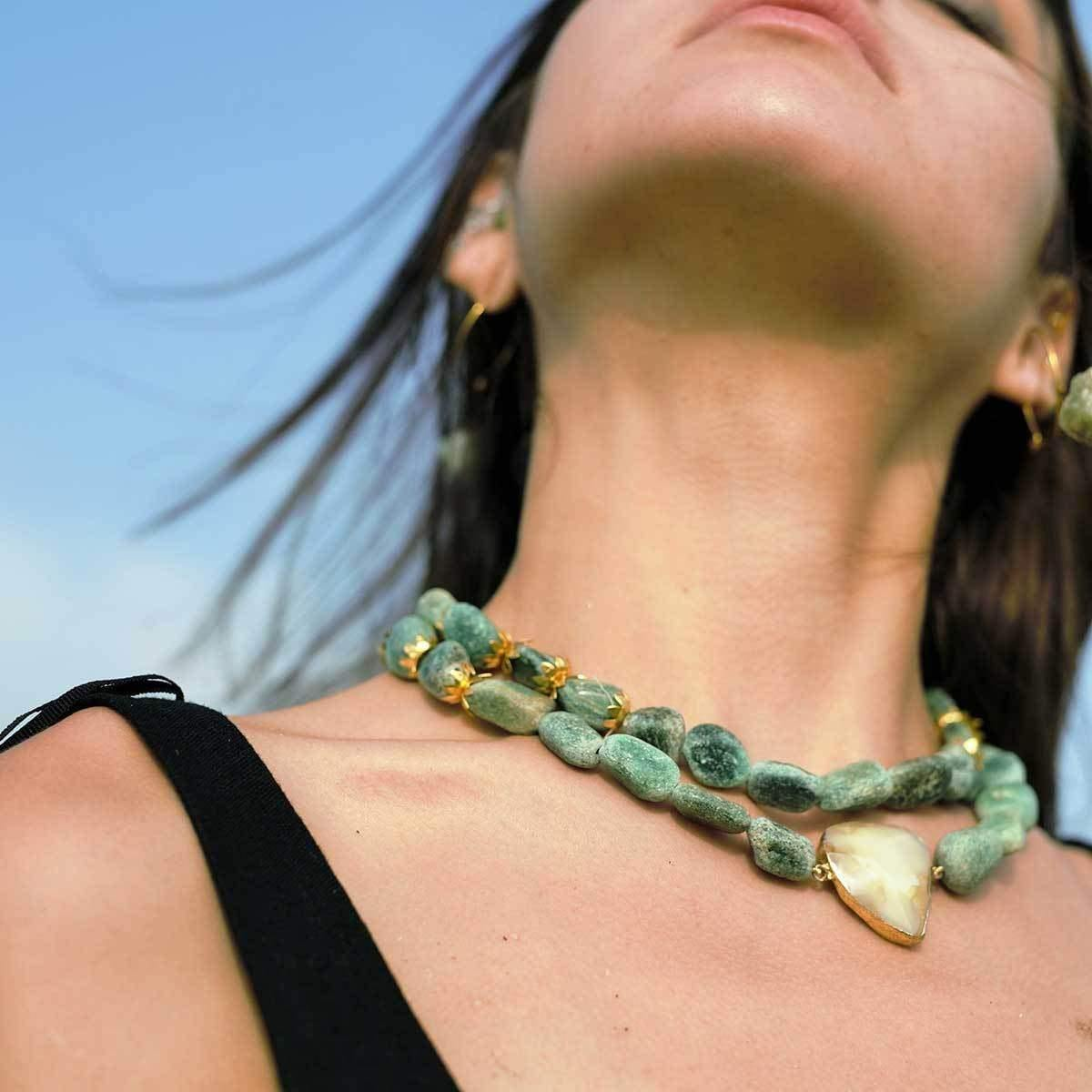 Double-layered Garden Eye Semi-precious Stone Necklace