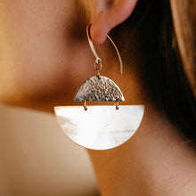 Load image into Gallery viewer, Sondu Brass And Half Moon Earrings