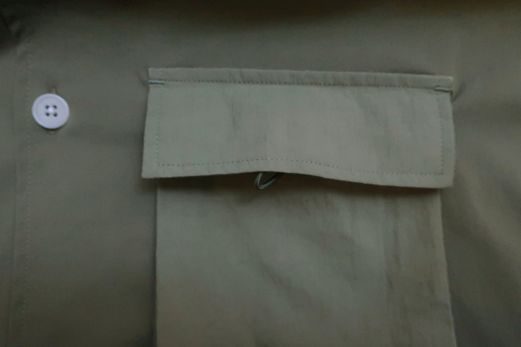 Men Blocked Ribbed Collar Shirt in Khaki (Pocket View)
