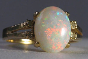 Opal | October's Birthstone