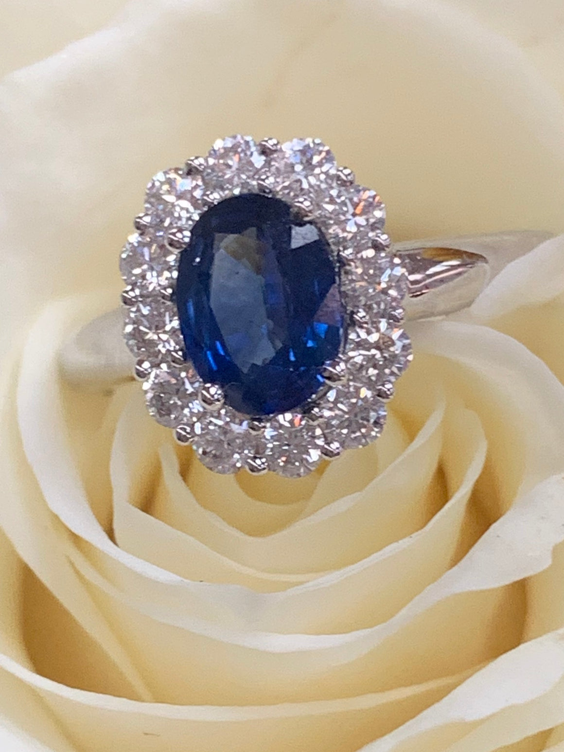 18k White Gold and Sapphire and Diamond Ring