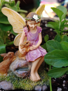 Fairy in Pink Dress with Bunnies | Bunny Buddies | MG286 Sharing secrets