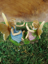 Load image into Gallery viewer, Fairy friends playing Pattycake - MG418  -  Fairy Garden