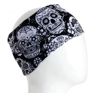 A WHITE MANNEQUIN HEAD IS WEARING A, 9.5 INCHES WIDE BY 19 INCHES LONG, STRETCHABLE INFINITY SCARF. THIS ONE IS A WHITE SKULLS ON A BLACK BACKGROUND MOTIF.