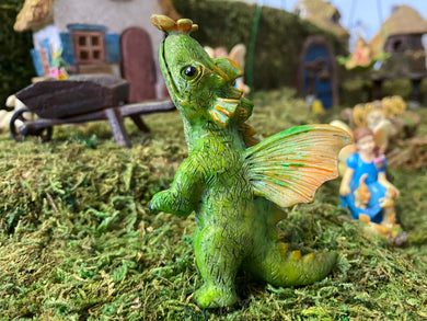Tiny Dragon Fairy with Butterfly on Nose | MG305