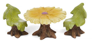 Fairy Garden  | Table | Daisy Table with leaf chairs | Miniature Accessories