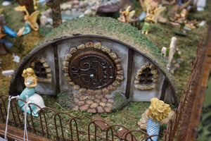 Amazing Hobbit House for your fairy garden MG85