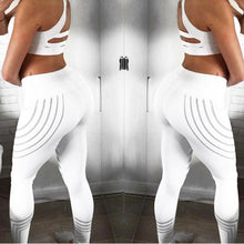 Load image into Gallery viewer, Sporting Strip Printed Workout Legging - findurtrend