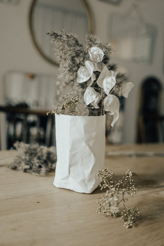 Paper Vase - off white small